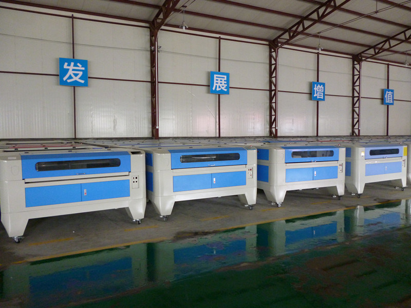 Jq1390 CO2 Laser Cutting Machine for Acrylic/MDF/Plywood