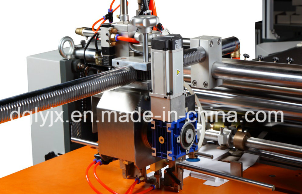 Visual Positioning Machine for Making Rigid Box Making Machine Without Corner Tape