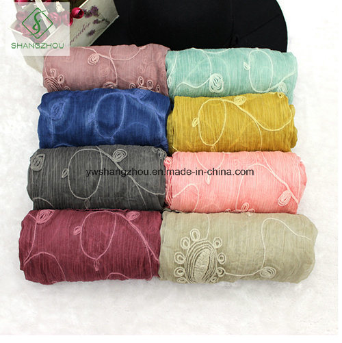 2017 Latest Dyeing with Cashew Embroidered Lady Fashion Crepe Silk Scarf