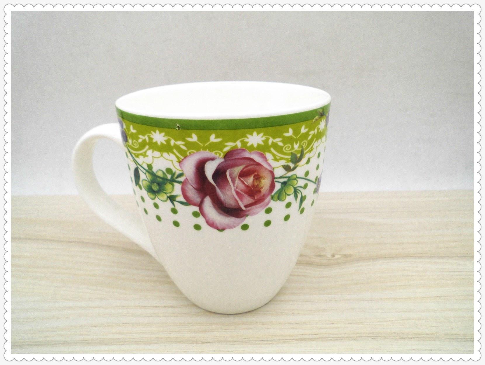 14 Oz Flower Surface Ceramic Mug