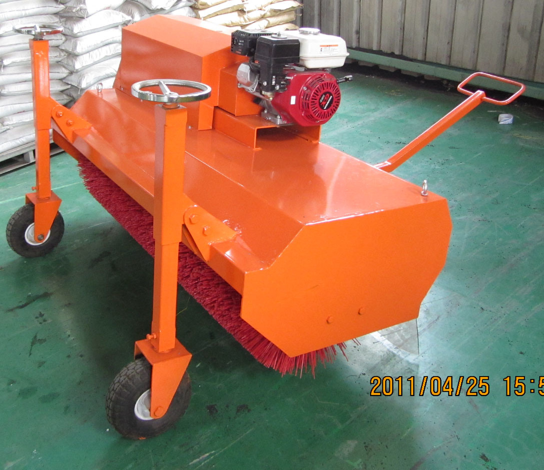 Gasoline Brushing Machine for Artificial Turf