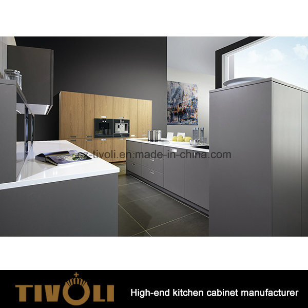 Germany Design Solid Oak Kitchen Furniture (AP051)