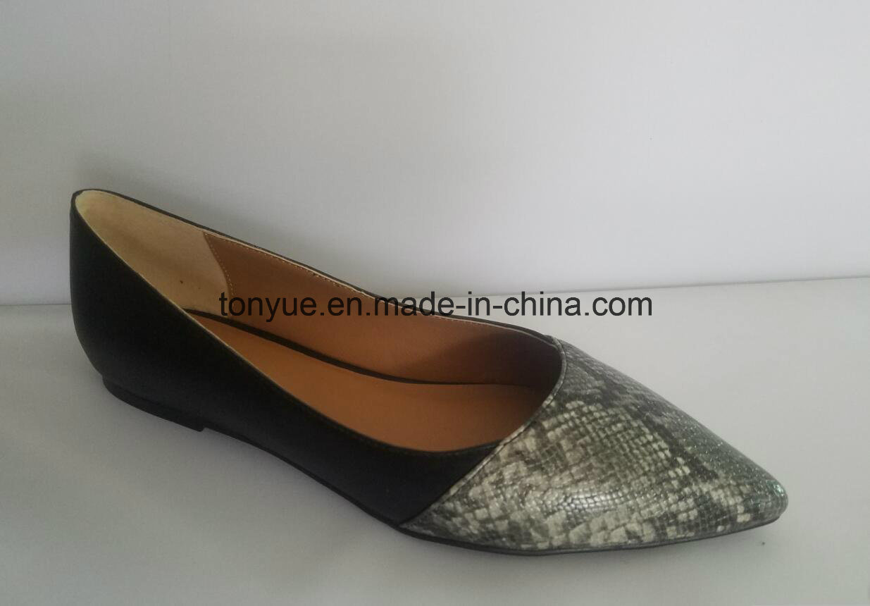 Lady Snakeskin with Pointed Fashion Comfortable Flat Leather Shoe