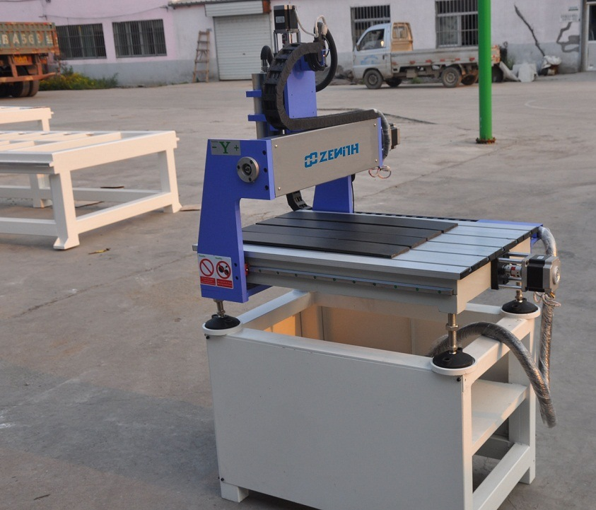 CNC Router for Engraving & Cutting (XE6090/4040)