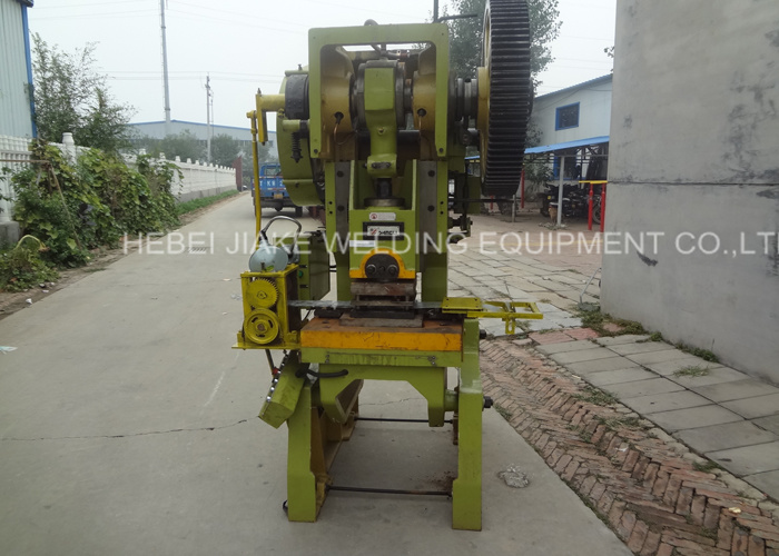 China Factory Concertina Razor Barbed Wire Making Machine