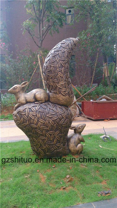 Bronze Squirrel, Outdoor Garden Resin or Polyresin Sculpture Decorations