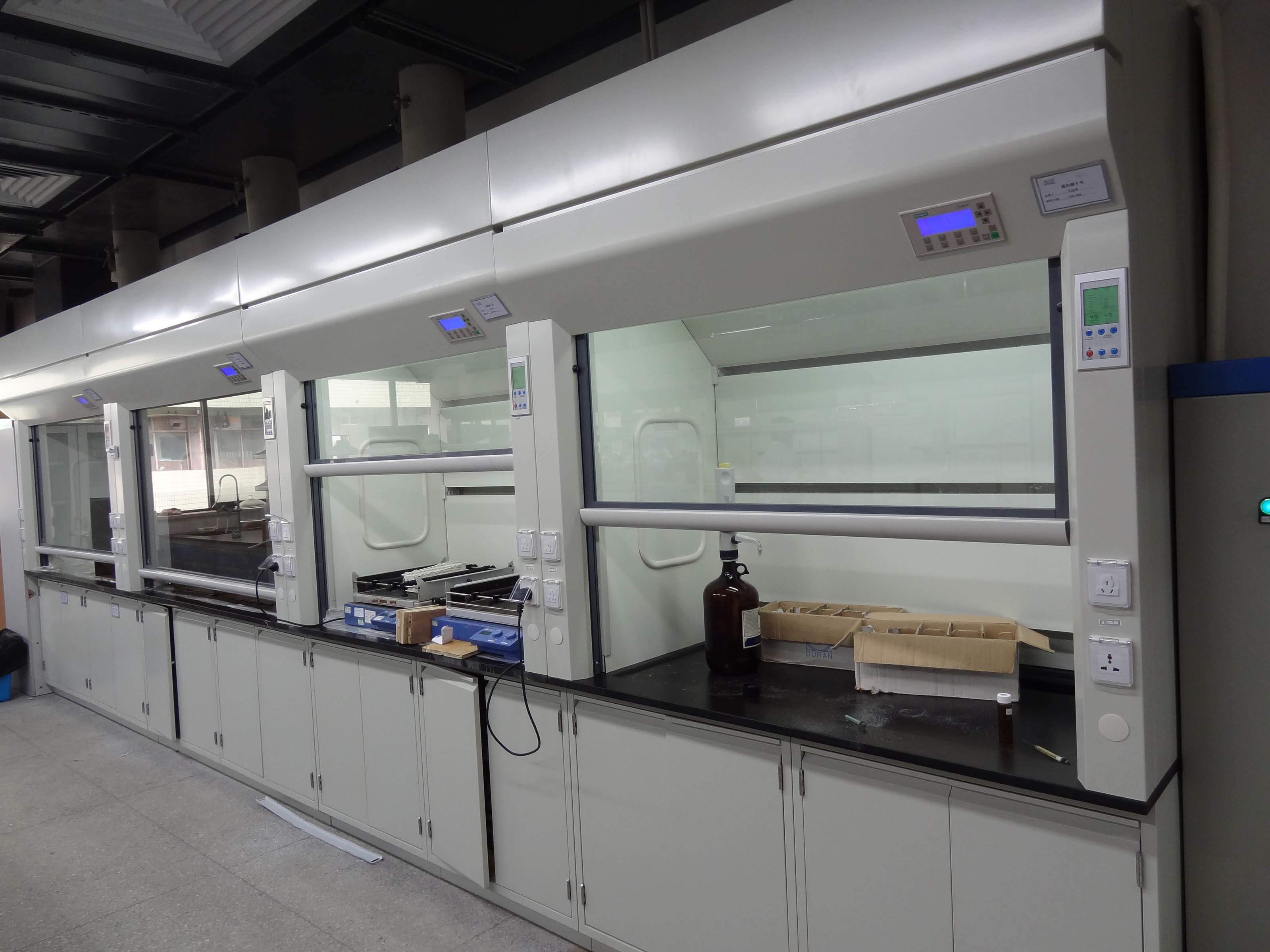 Steel Fume Hood with Gear Transmission and SGS Certification (JH-FC015)