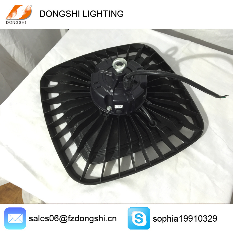 Interior UFO Light 100W 200W Industrial LED High Bay