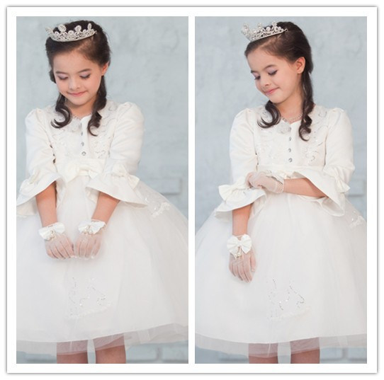 Lovely Satin Tulle Long Sleeve Scoop Bow Knot Short Ball Gown Winter Flower Girlsdresses (MQ 1014)