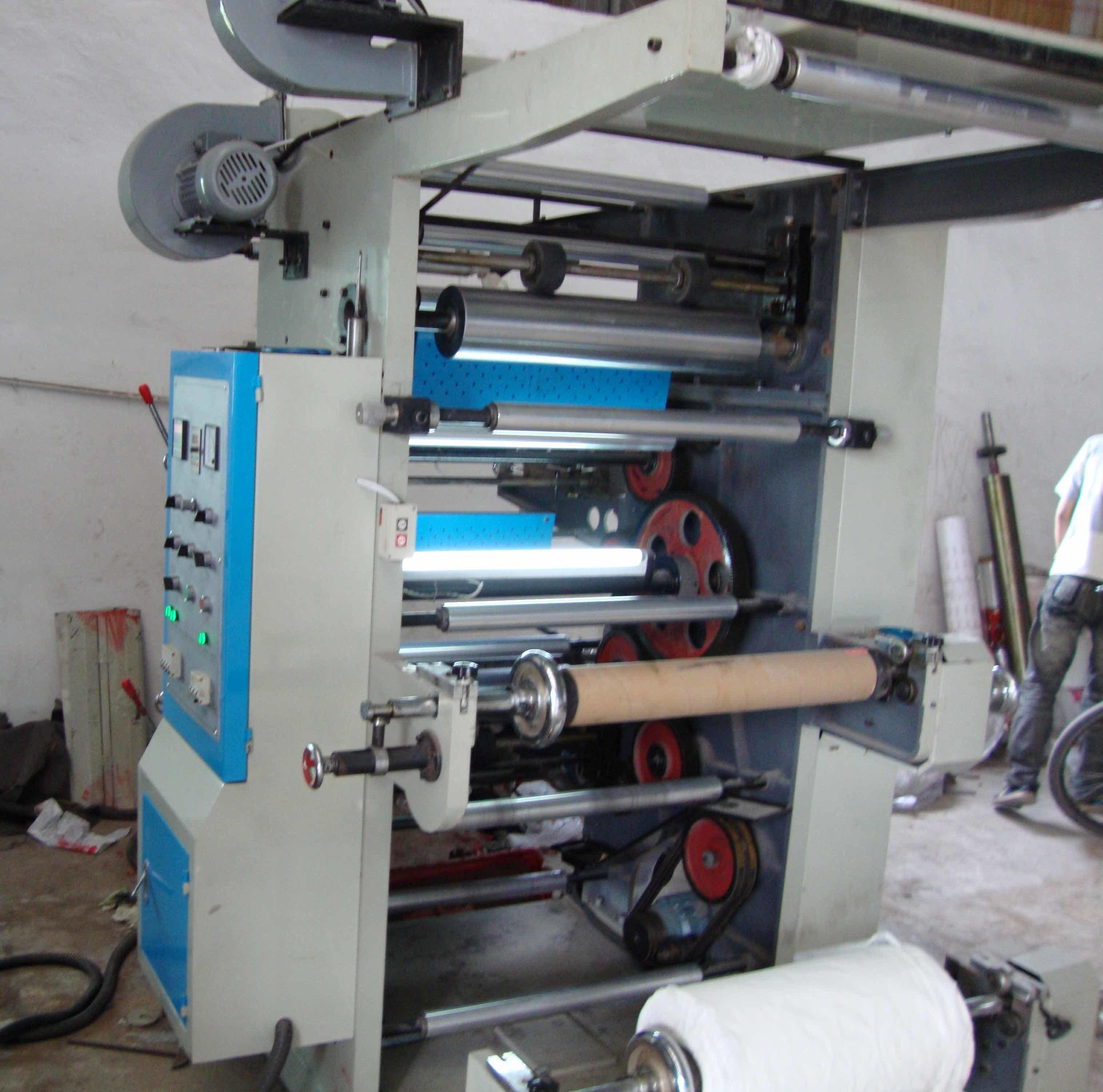 Yt Series Four-Colour Flexo Printing Machine (YT)
