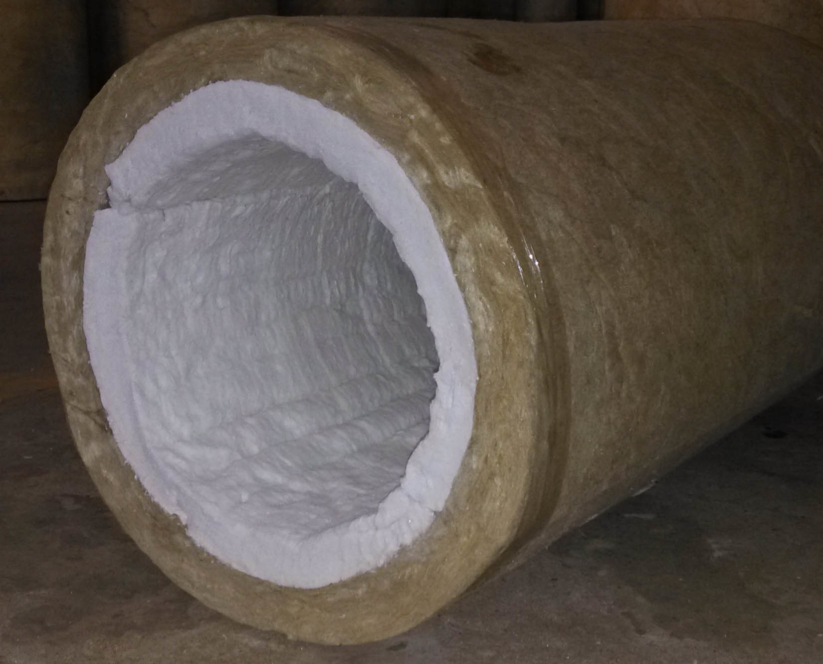 China Ceramic Fiber And Rock Woolheat Insulation Multiple