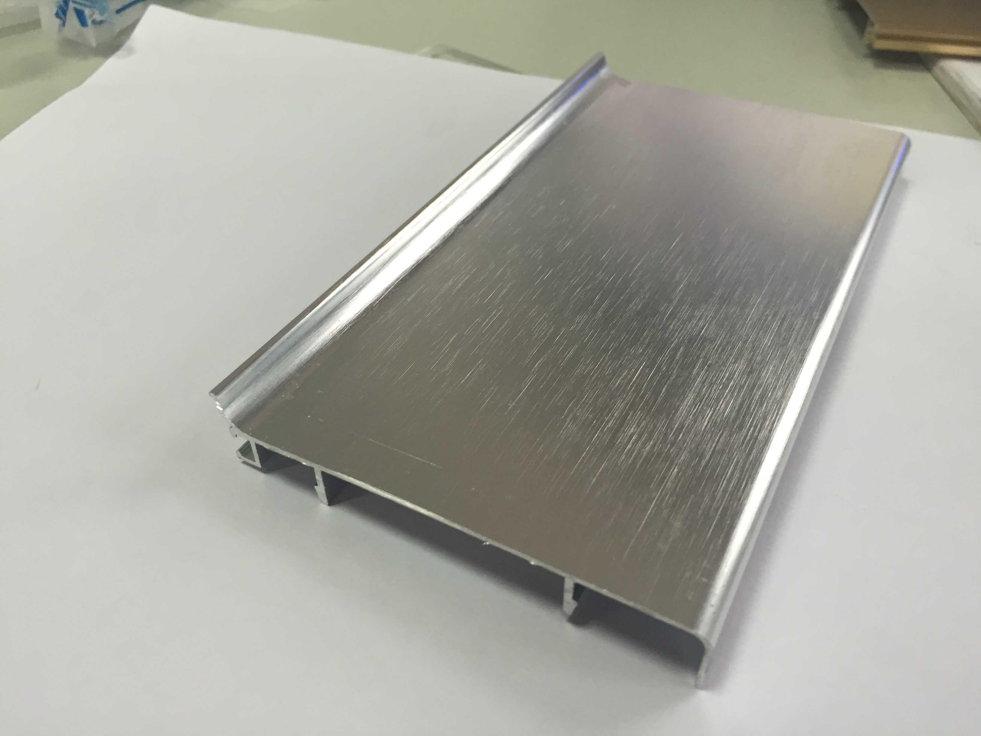 Builiding Material Waterproof 100mm Aluminum Skirting
