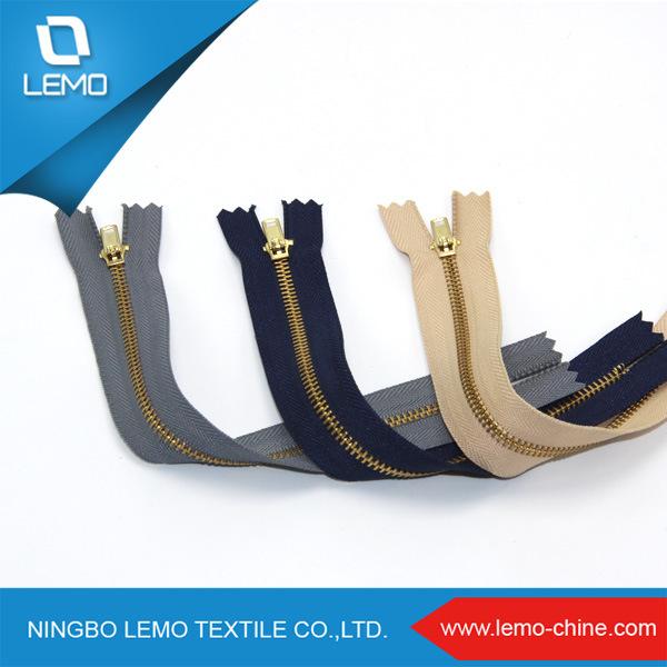 Gold Brass Zipper Accessories Manufacturer for Garments
