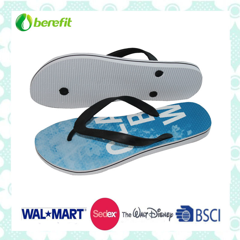 PVC Upper and Soft PE Sole, Men′s Slippers