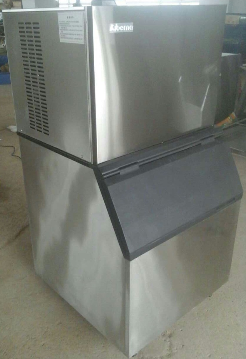 300kgs/24hrs Ce Approved Food-Grade Cube Ice Machine