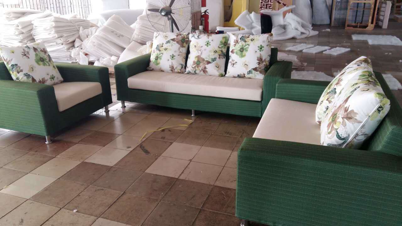 Green Color Dubai Fabric Sofa in Living Room Furniture (2190)
