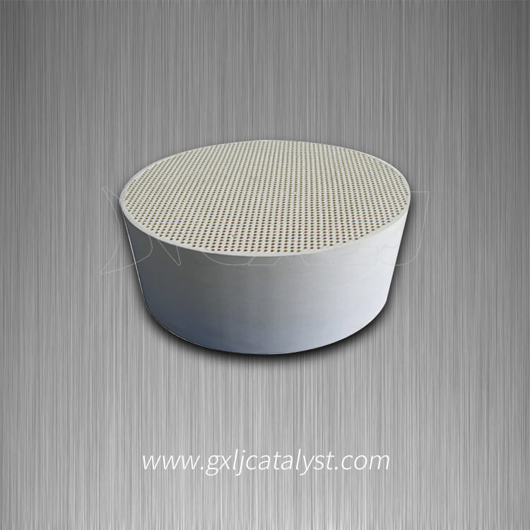 Sic / Cordierite Ceramic Honeycomb as Catalyst Support for Car Purifier