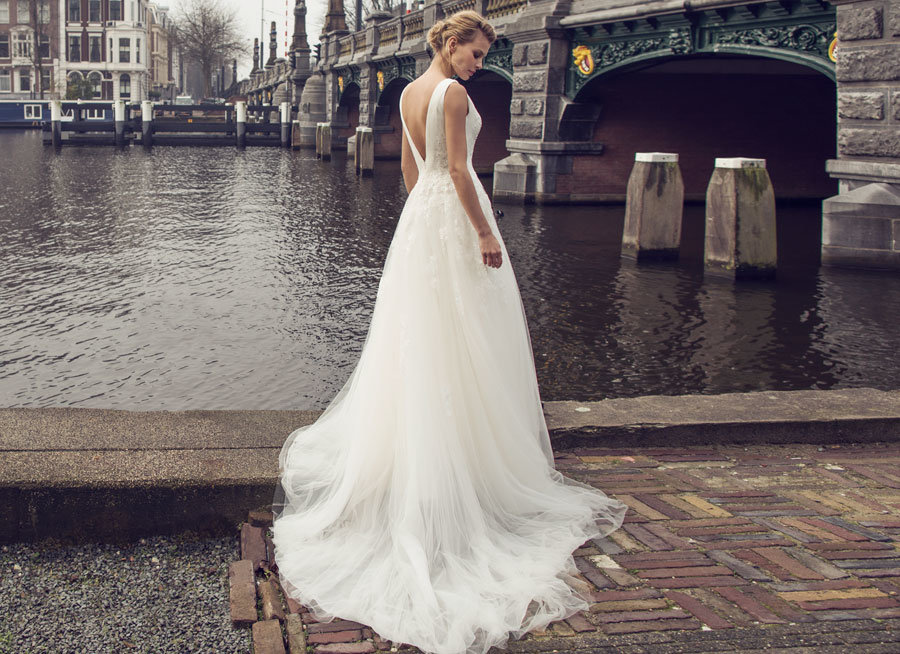 V Neck Soft and Flowing Wedding Dress