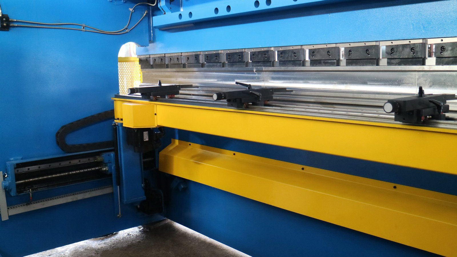 Hydraulic Press Brake for Bending Metal Steel Sheet