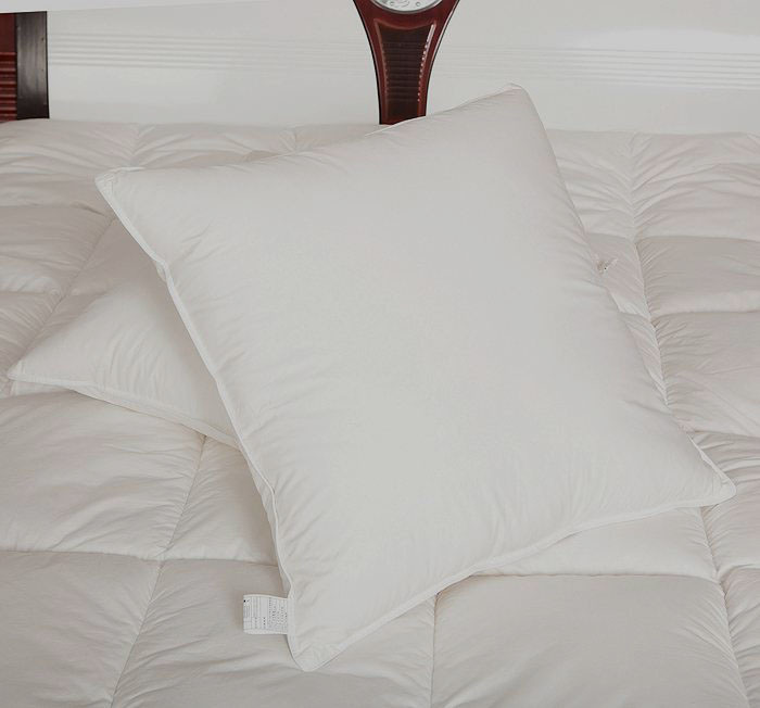 Microfiber White Cushion with 100% Cotton Fabric