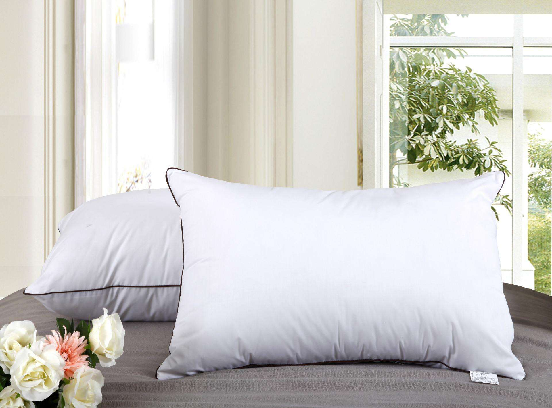 Soft & Medium Down Alternative Microfiber Pillow with Cotton Fabric