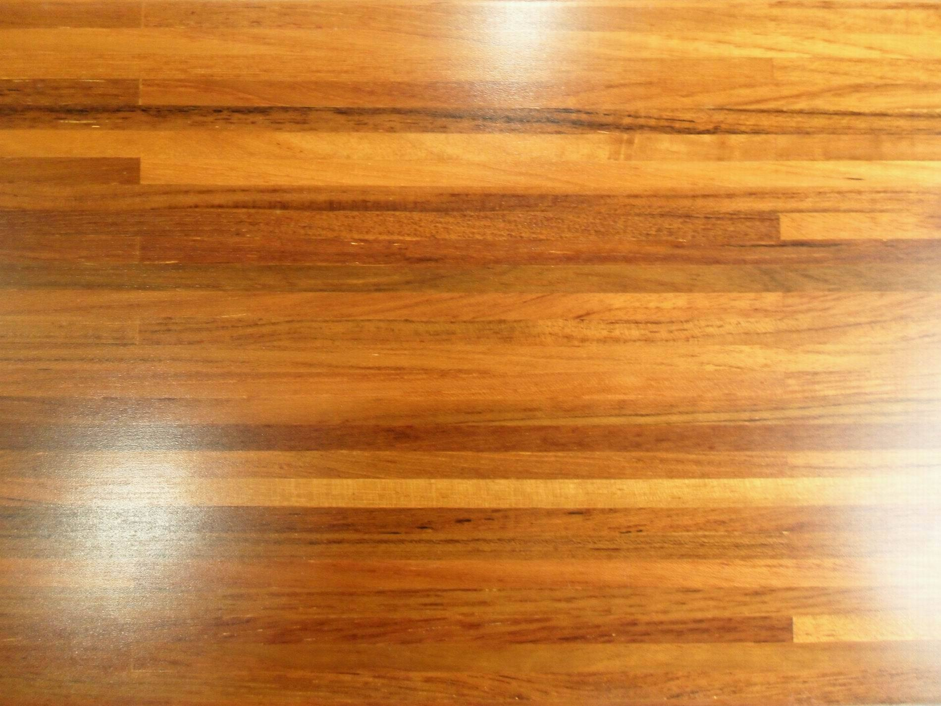 Plancher machin par teck bt e i plancher machin par for Teak flooring