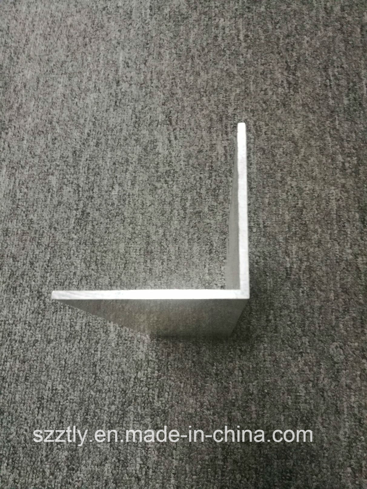 10X10 to 90X90mm Available Aluminum Extrusion L Shaped Angle Profiles
