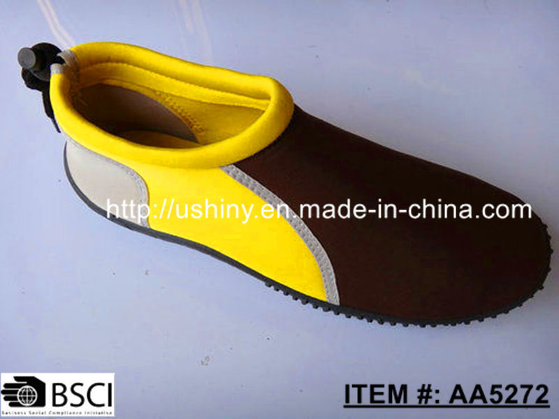 Spandex Upper TPR Outsole Water Shoes for Swimming