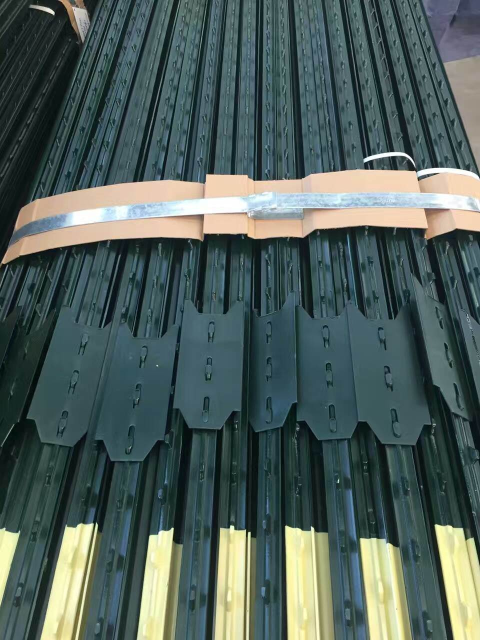 2016 Super Quality Best Price PVC Coated Fence Post, Galvanized T Post, Star Picket for Sale (Manufacturer)