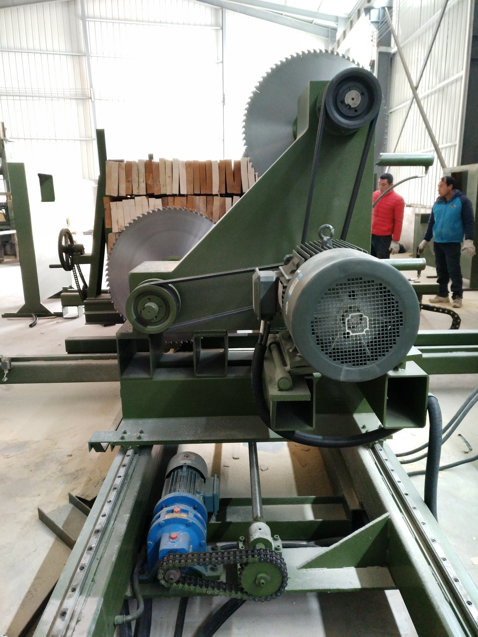 Clear Wood Side Saw Machine