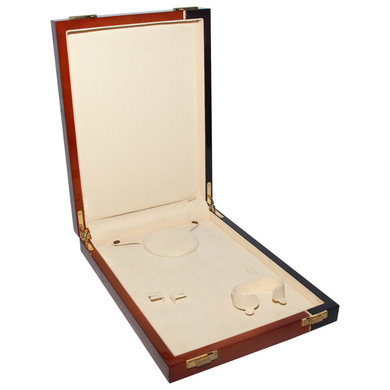 High Grade Jewelry Set Wooden Box