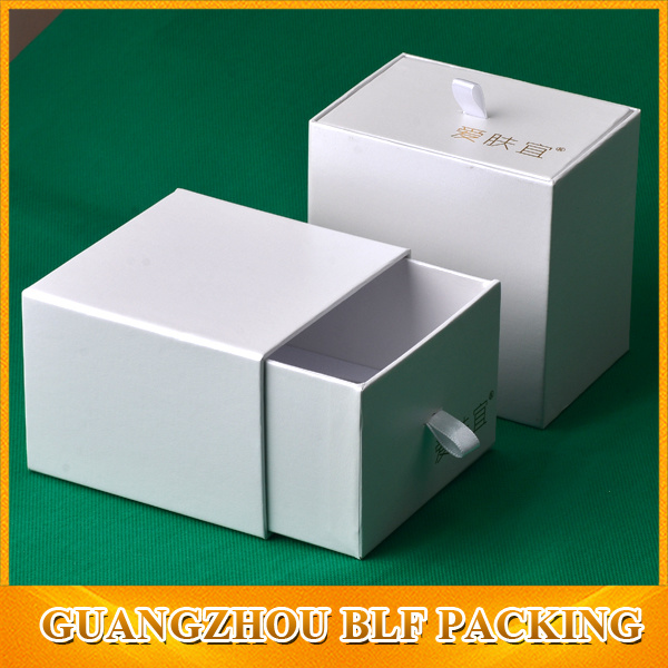 White Cardboard Drawer Gift Box (BLF-GB286)