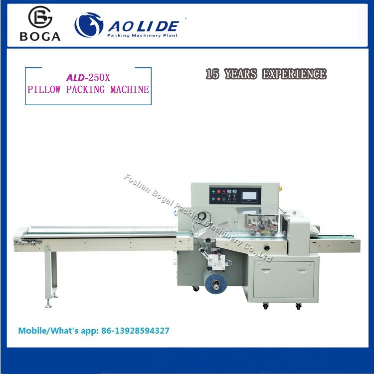 Auto Flow Baby Soft Wet Tissue Wrapping and Packing Machine