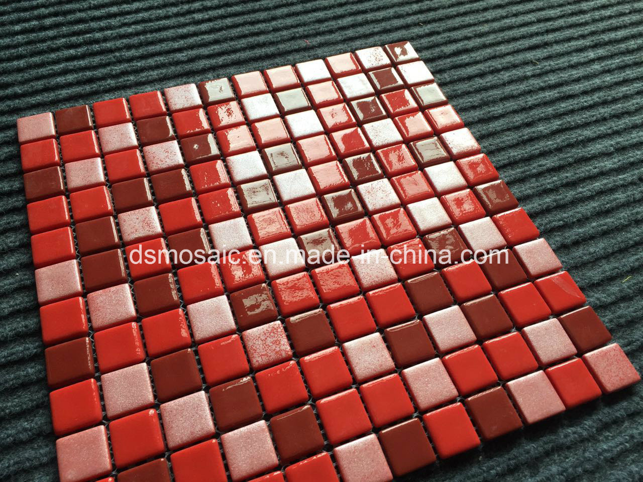 Luxurious Full Body Red Glassic Mosaic for Swimming Pool