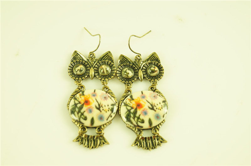 Owl with Acrylic Stone Fashion Earring