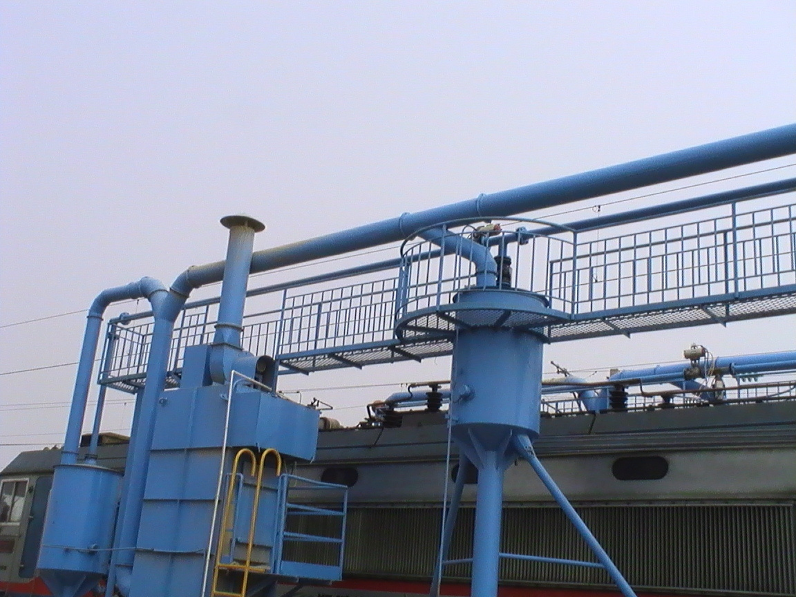 Pneumatic Conveying System for Conveying Powdered Material