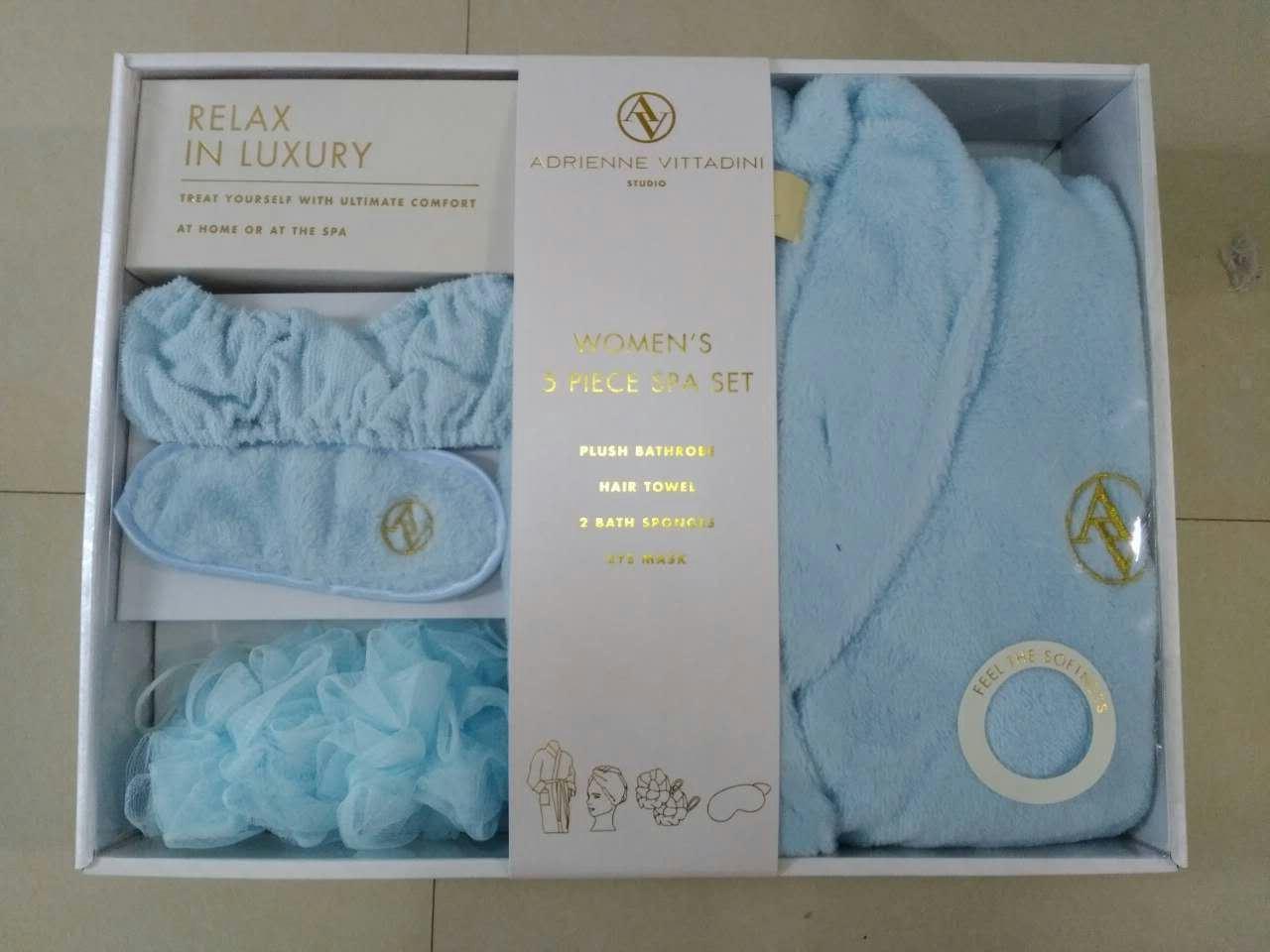 Relax in Luxury Women′s 5 Piece SPA Set
