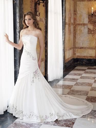 China Wedding Dress Evening Dress Bridal Dress Ball Gown Bridesmaid Dress Fo