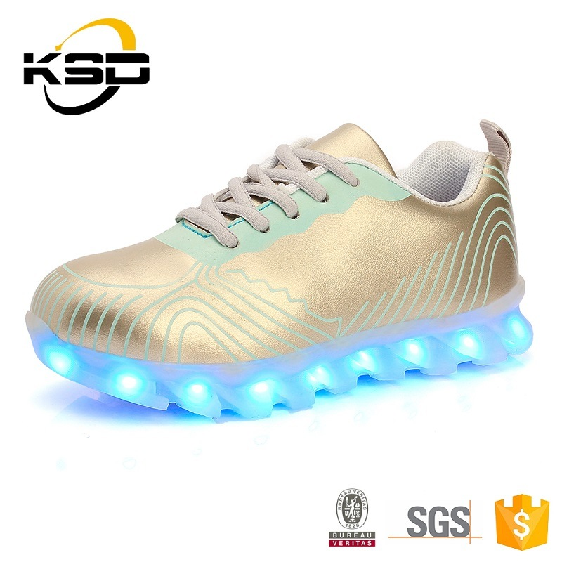 2016 Fashion PU Leather Comfortable LED Light Shoes for Children