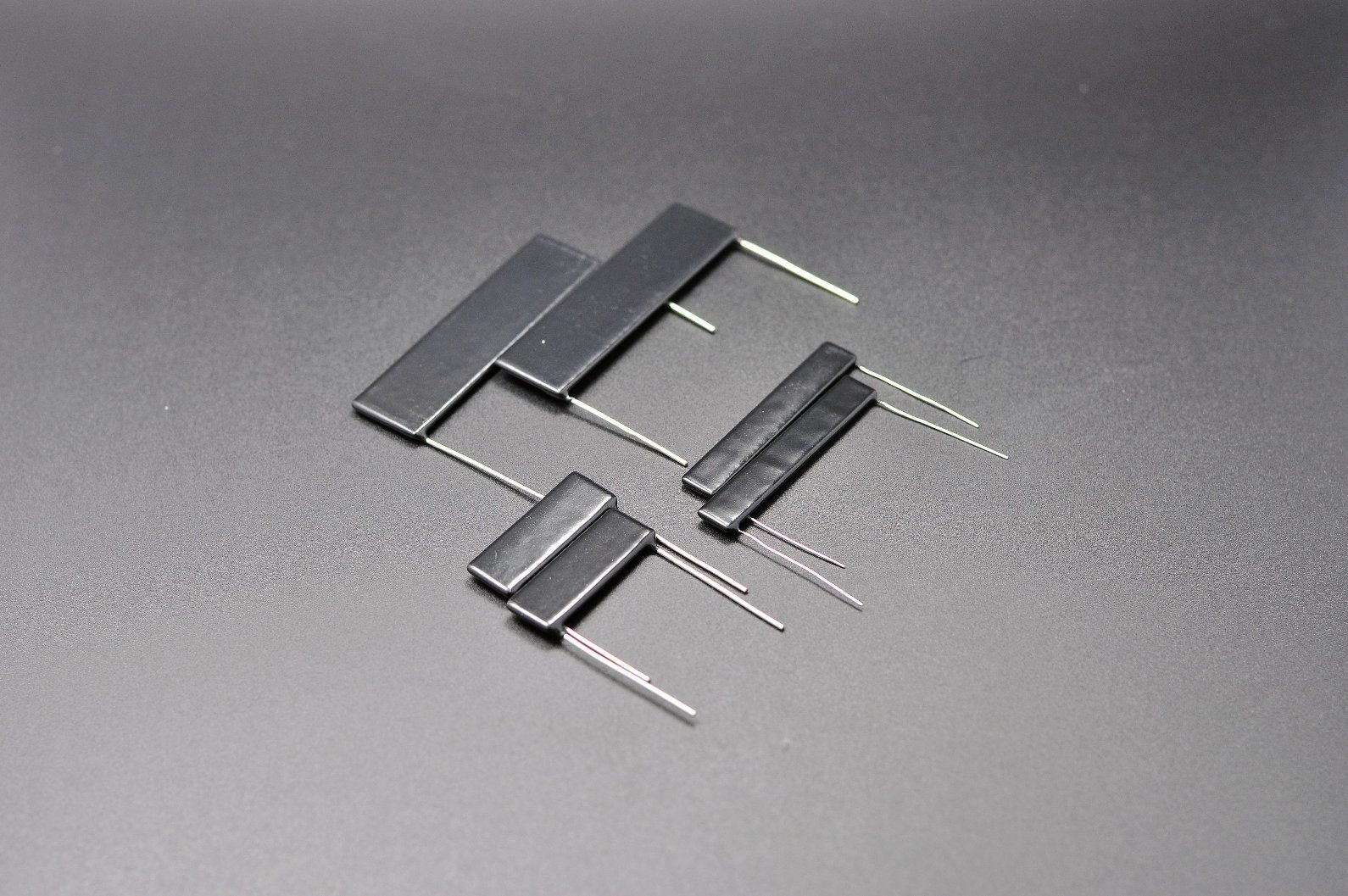 Thick Film Flat High Voltage Resistors