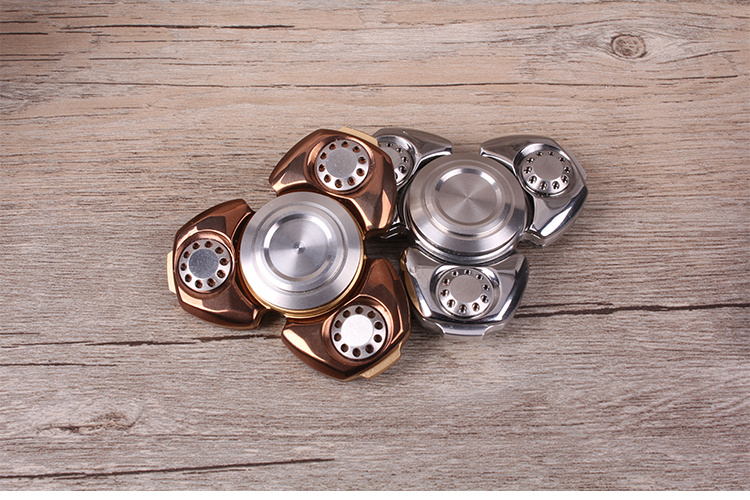 Titanium Alloy Finger Spinner with Hybrid Bearing