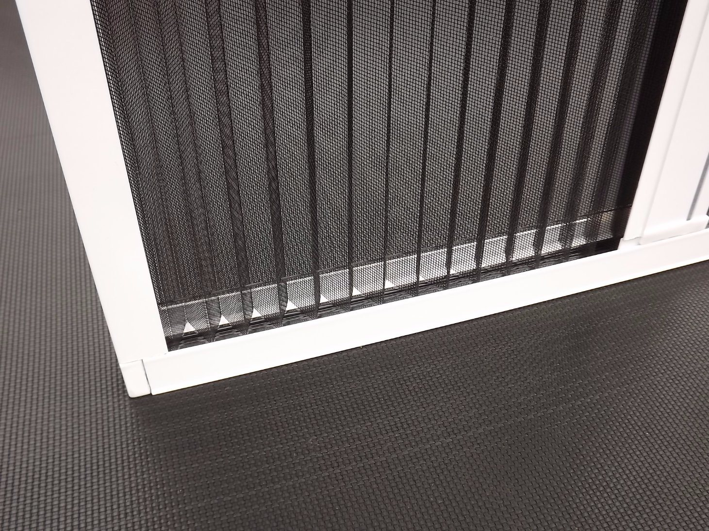 Window Detachable Pleated Retractable Insect Screen