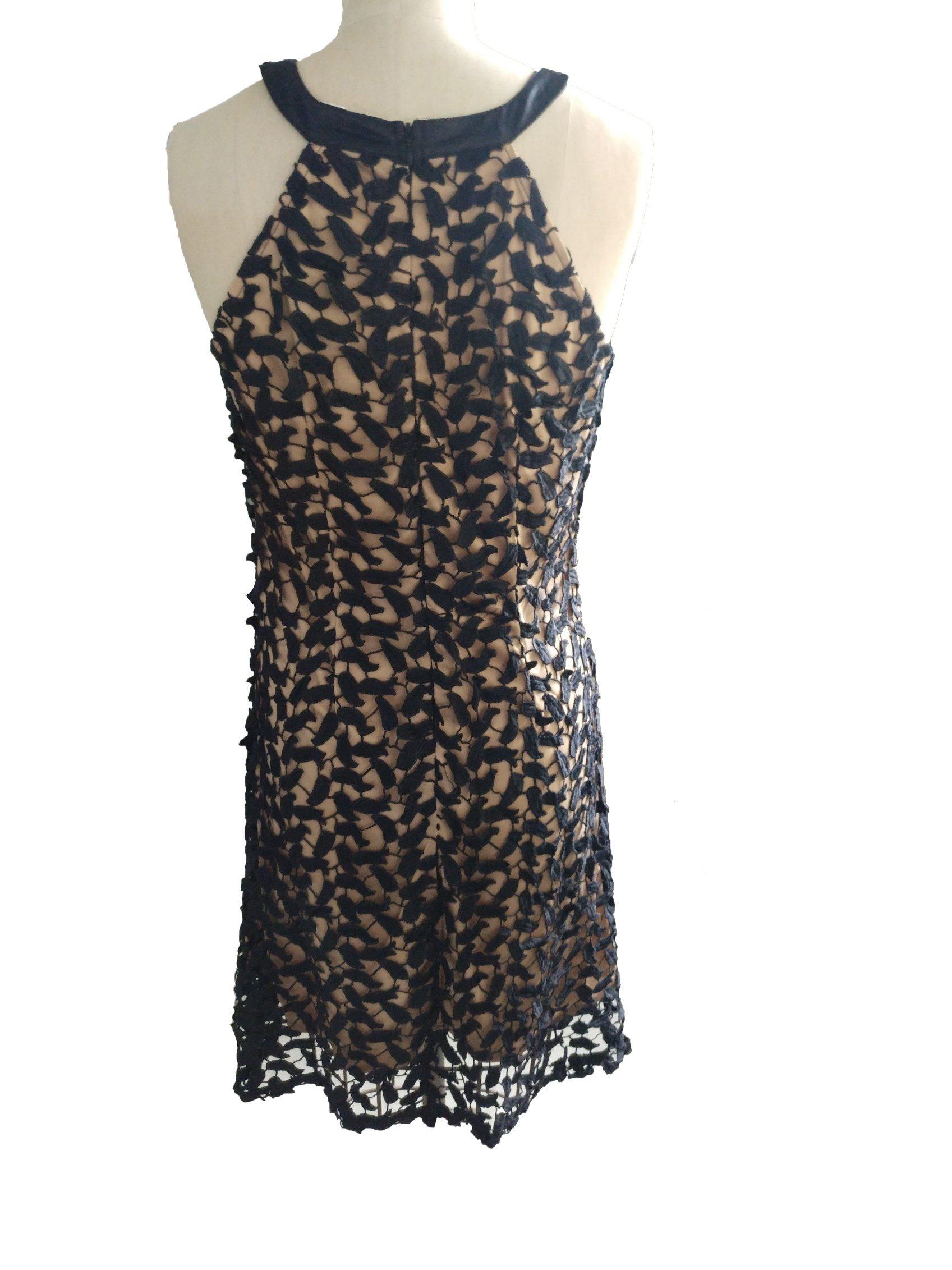Newest Fahshion Jacquard Lace Sleeveless Round Neck Women′s Dress
