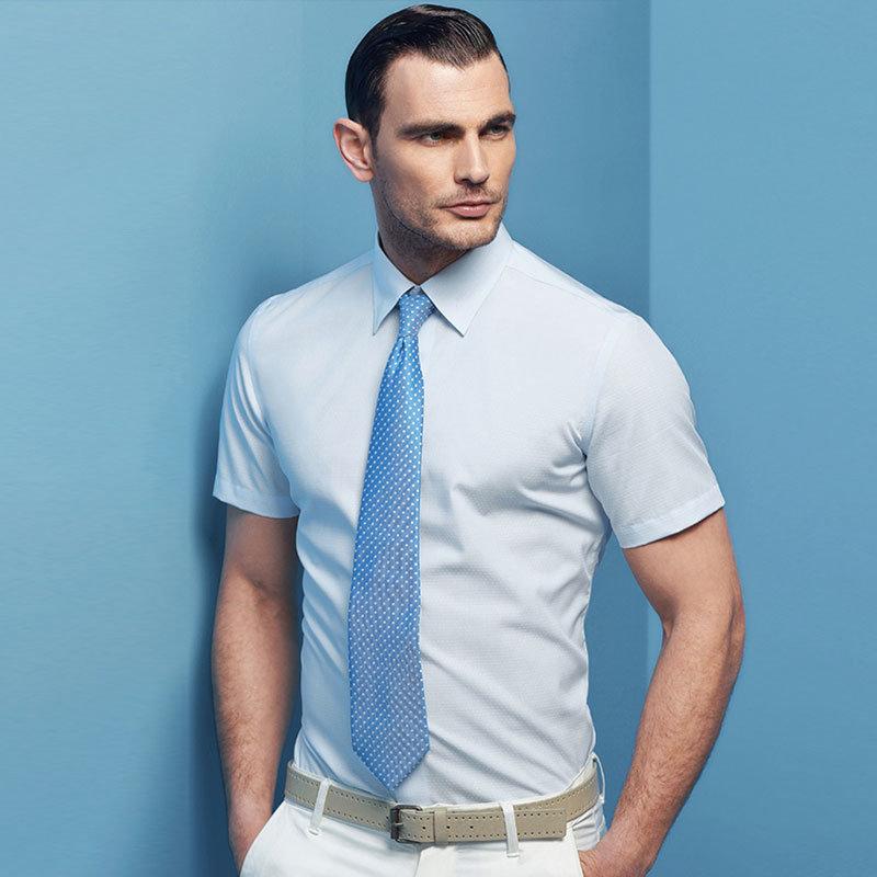 New Men′s Brand Solid Color Slim Fit Short Sleeves Business Dress Shirt