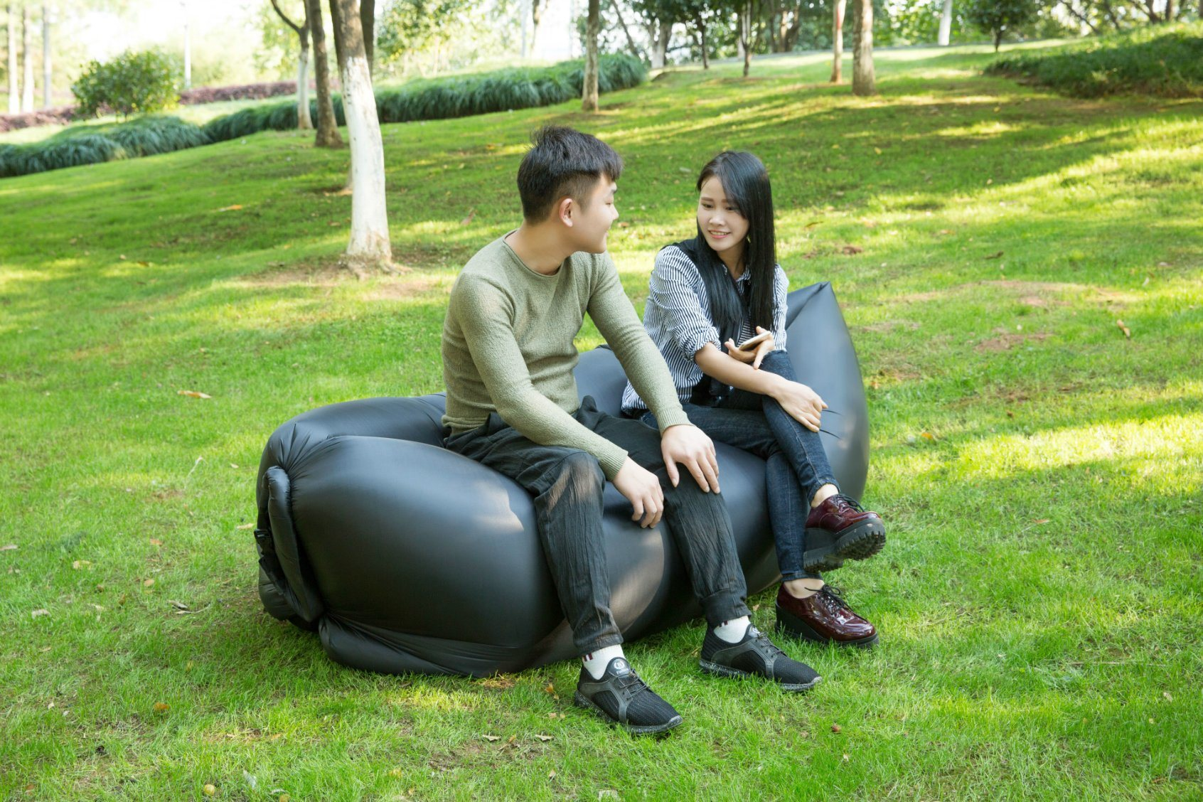 100% Nylon Ripstop Inflatable Sofa Lazy Bag with LED Light