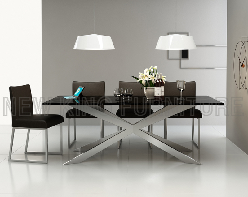Newest Tempered Glass Top Crossing Steel Leg Dining Table (NK-DT201-1)