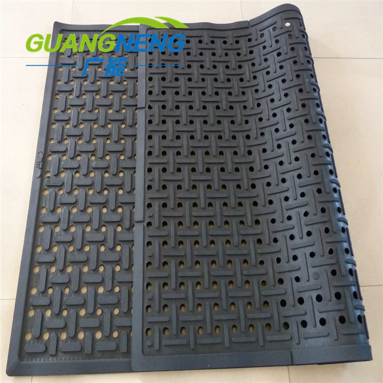 car mats amazon garage catch liquid dp with l spill wells x mat thick floor parking drip automotive fluid rubber com