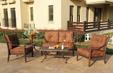 Elegant Loveseat Chat Group Garden Furniture