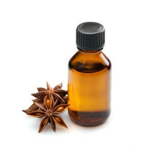 Wholesale Food Flavour Star Anise Essential Oil with 85% Anethole