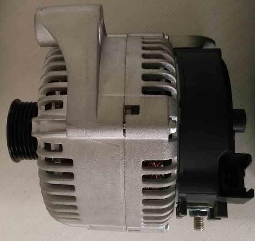 12V 180A Cw Auto Alternator for BMW Car (LRA03024)